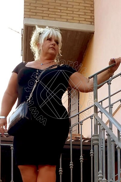 Lucy LIDO DI DANTE 3895683411